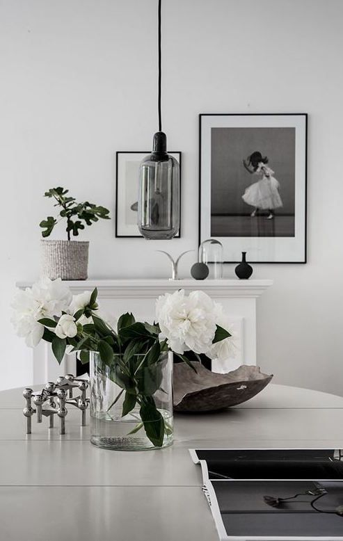 White home with lots of green | Blog, Interiors and Decoration