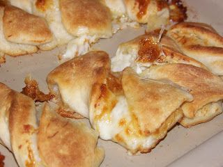 Round Table Garlic Twist Recipe.Recipe Twisted Garlic Cheese Bread Copycat Round Table Pizza So