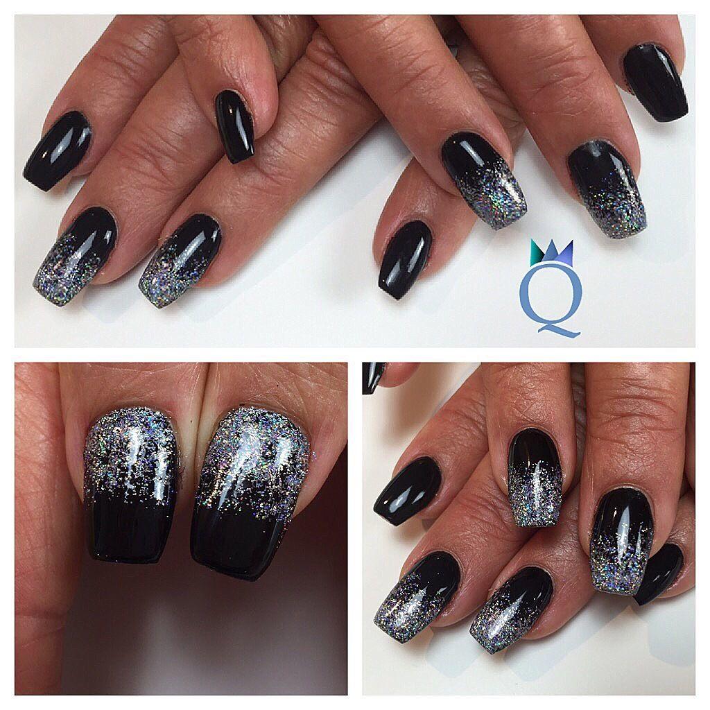#gelnails #nails #coffinnails #ballerinanails #black #hologlitter #gelnägel #nägel #ballerina #form #schwarz #hologlitzer #nailqueen_janine #nagelstudio #möhlin