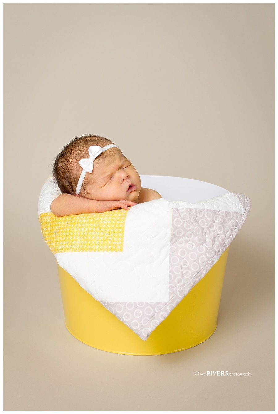 Newborn Baby Girl in Studio © Two Rivers Photography 2014_0012