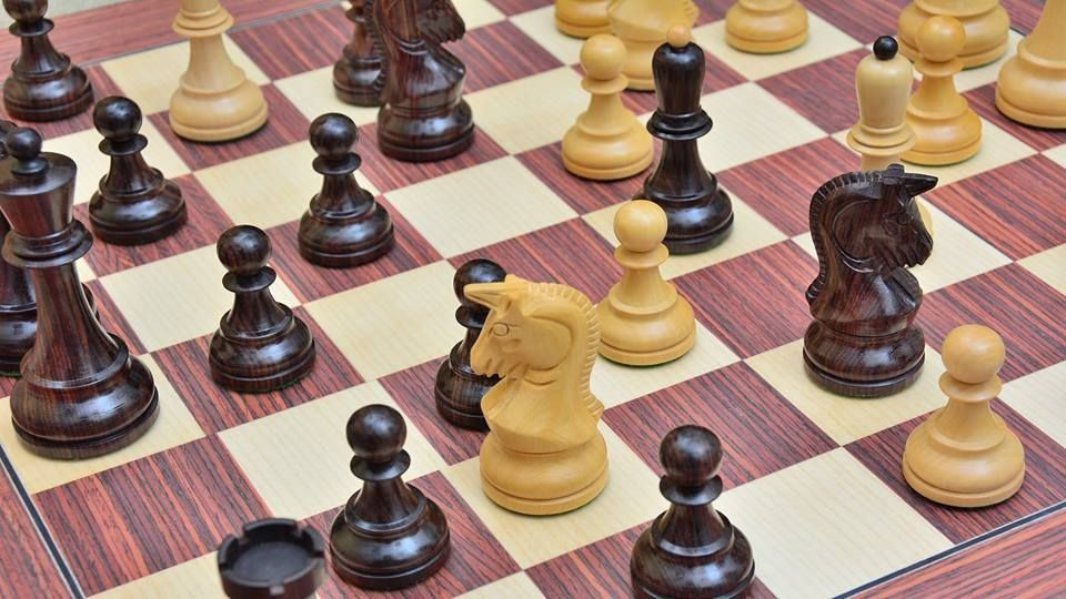 Valentine Wows--Final hours to save $100 off on wooden chess sets >> http://bit.ly/1Nz4bsL