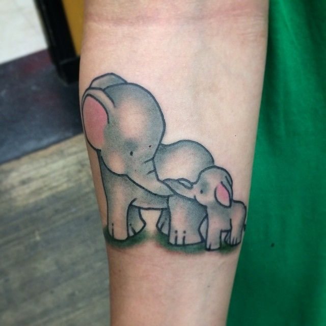 Some Momma And Baby Elephants Tattoos For Daughters Baby