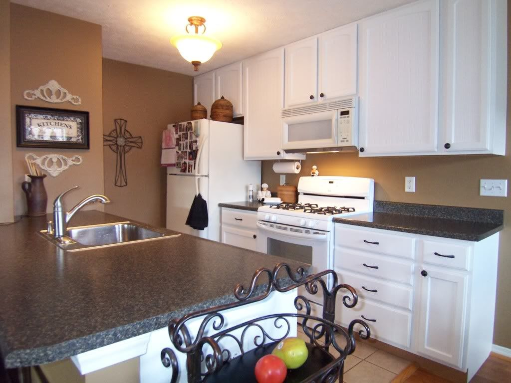 Yes You Can Paint Your Oak Kitchen Cabinets  Grain Filler Adorable Repainting Oak Kitchen Cabinets Decorating Inspiration