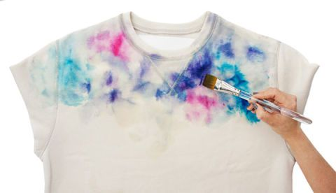 Three Steps To A D I Y Watercolor Sweatshirt Diy Sweatshirt