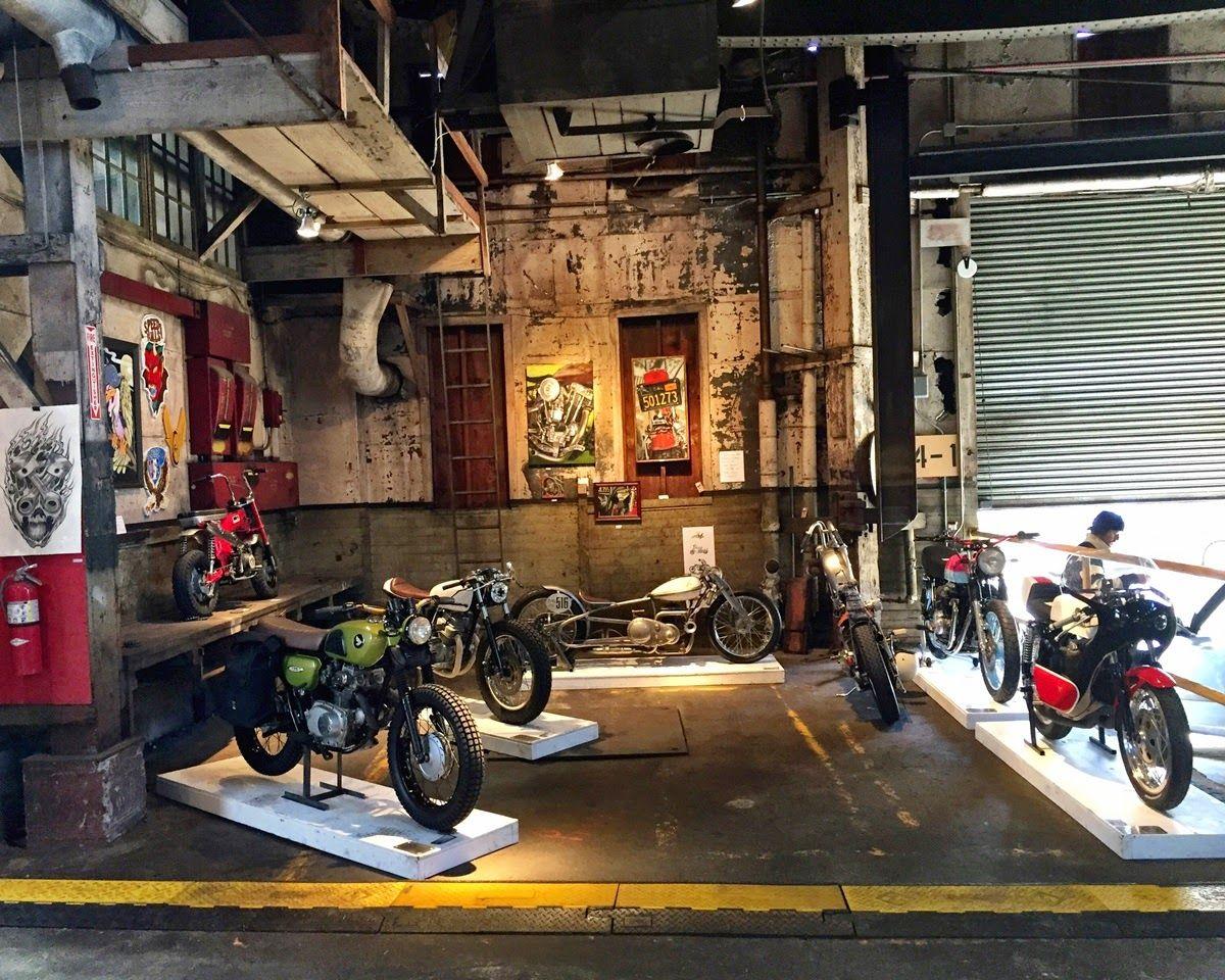 Pin Von Zanik Design Kustom Motorcyc Auf Moto Garage Loft Spaces Traumgarage Arbeitsraum In Der Garage Garagenwerkstatt