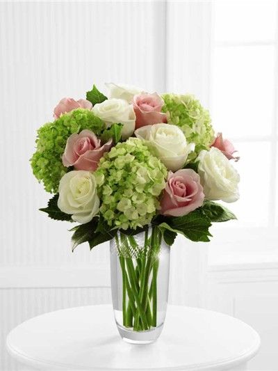 Rose Arrangement Hydrangea Arrangements Rose Arrangements Beautiful Flowers