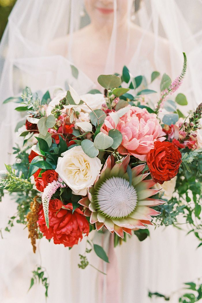 25 Bridal Bouquets for Spring & Summer Weddings