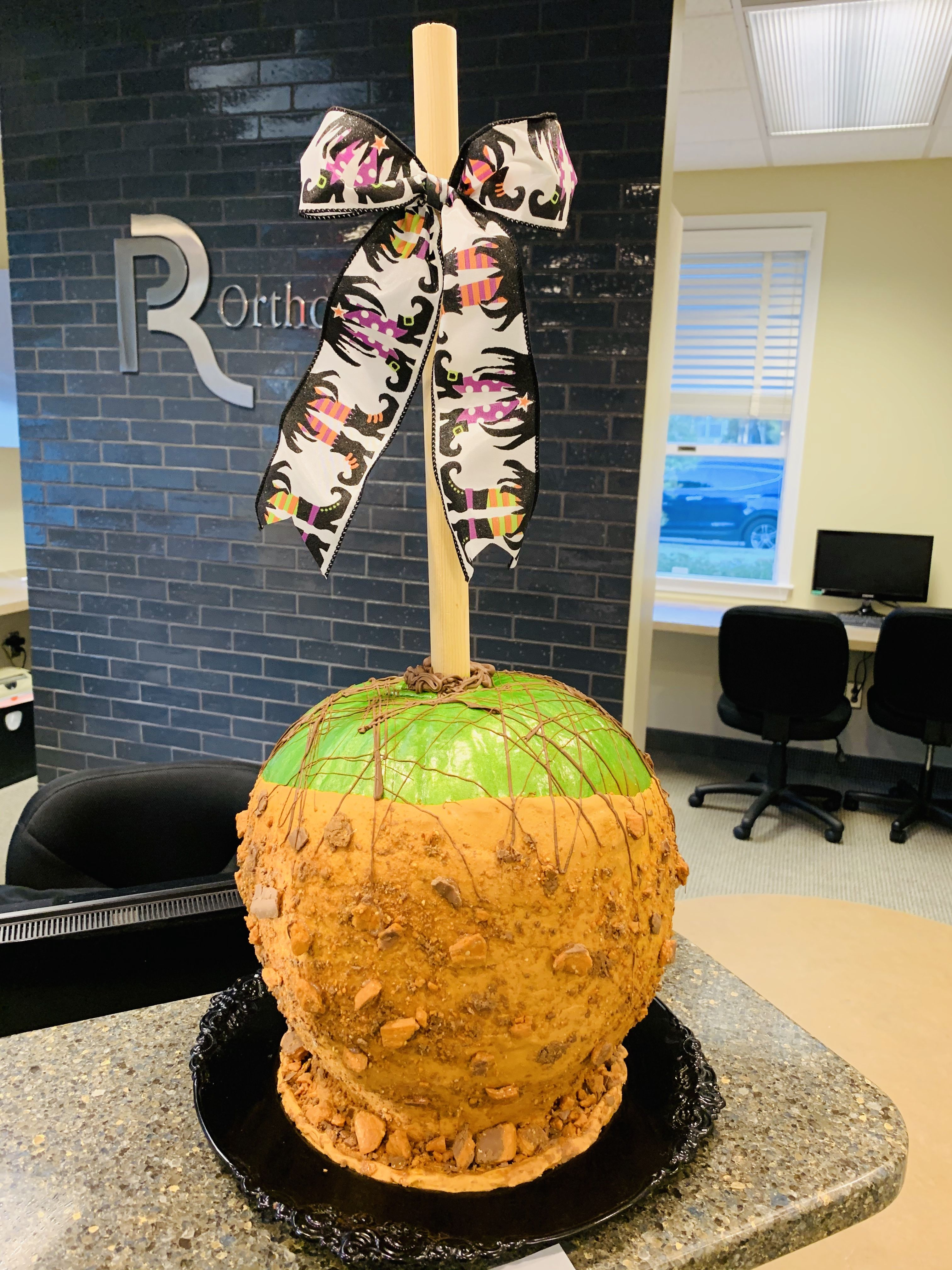 No carve pumpkin decorating contest vote at philbin