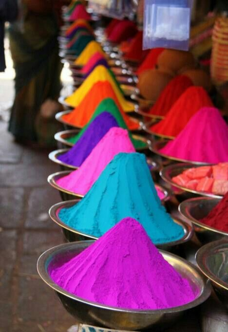 Pigments | Vibrant India pinned by mariellerobbe.com