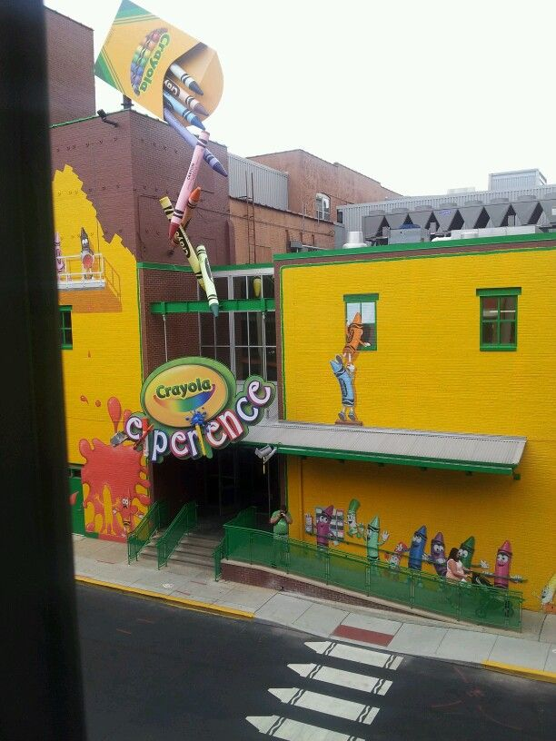 i loved it here it was quite a fun experience crayola factory