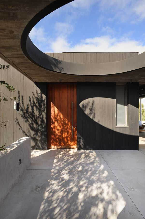 Freshome, Black And Red Residence In Concrete And Wood, Jose Ignacio, Punta  Del