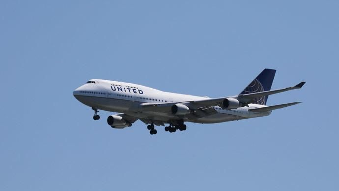 Computer glitch grounds all domestic United Airlines flights http://bit.ly/1Jp8wQa