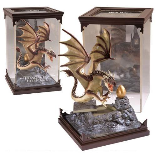 Magical Creatures Hungarian Horntail Sculptures By Harry Potter Harry Potter Spielzeuge Phantastische Tierwesen Drachen