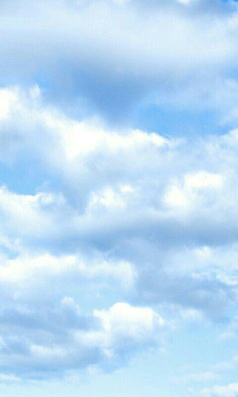 Pin Oleh Wallpapers Fotos Di Beija Flor Kertas Dinding Awan Dinding Clouds wallpaper iphone aesthetic awan