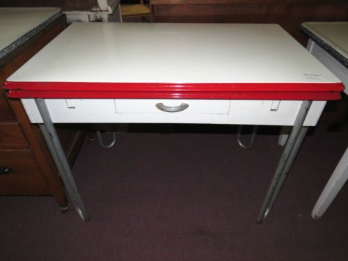 1940 u0027s red  u0026 white porcelain top table2 pull out leaf kitchen w drawer metal 1940 u0027s red  u0026 white porcelain top table2 pull out leaf kitchen w      rh   pinterest com