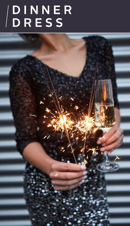 Silvester greifst du nach den Sternen! Das festliche Abendkleid vom  Stardesigner Guido Maria Kretschmer ist 9f9b5b3f40