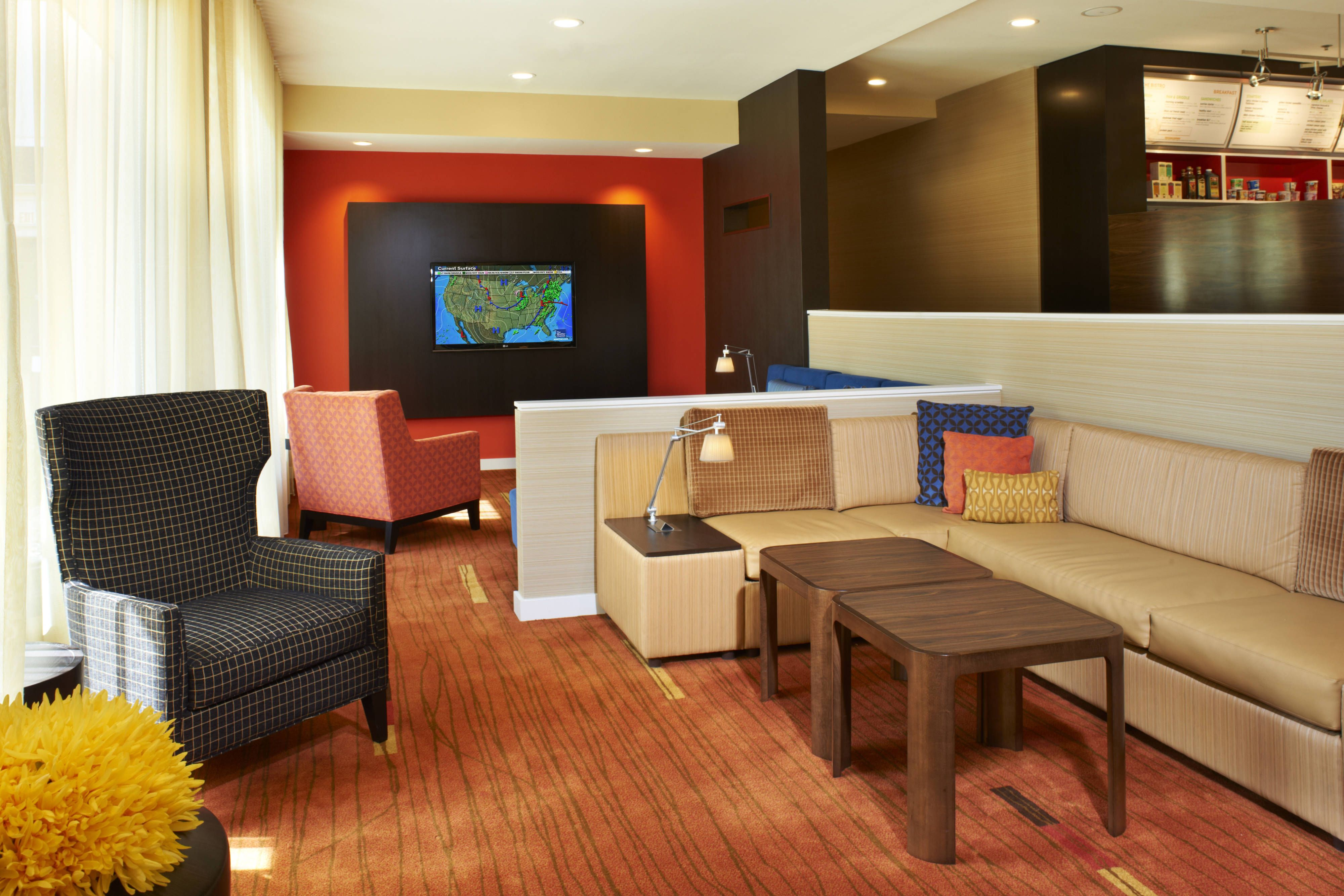 Courtyard Chicago Lincolnshire Lobby Seating Area