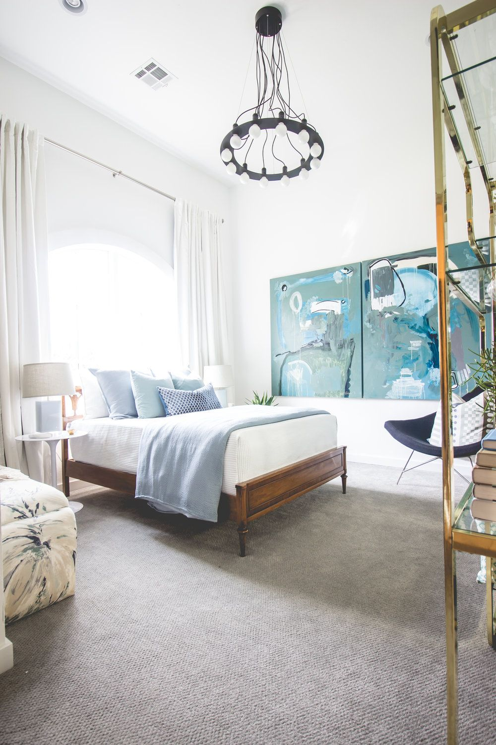 Eclectic White And Blue Bedroom Inspiration Interior Design By Ashley S Whiteside Photo Zach Lucero