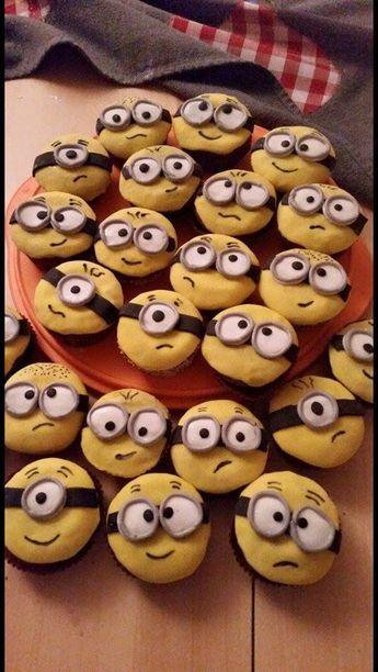 Minions Muffins Backgaud Muffins Kinder Backen Lecker