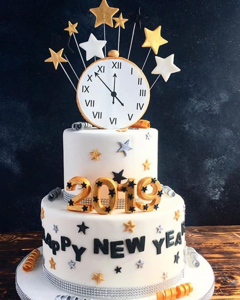 Happy New Year May 2020 Be Filled With Lots Of Baking And Delicious Treats Shoutout To Toujoursmum New Year Cake Decoration New Year S Cake Themed Cakes