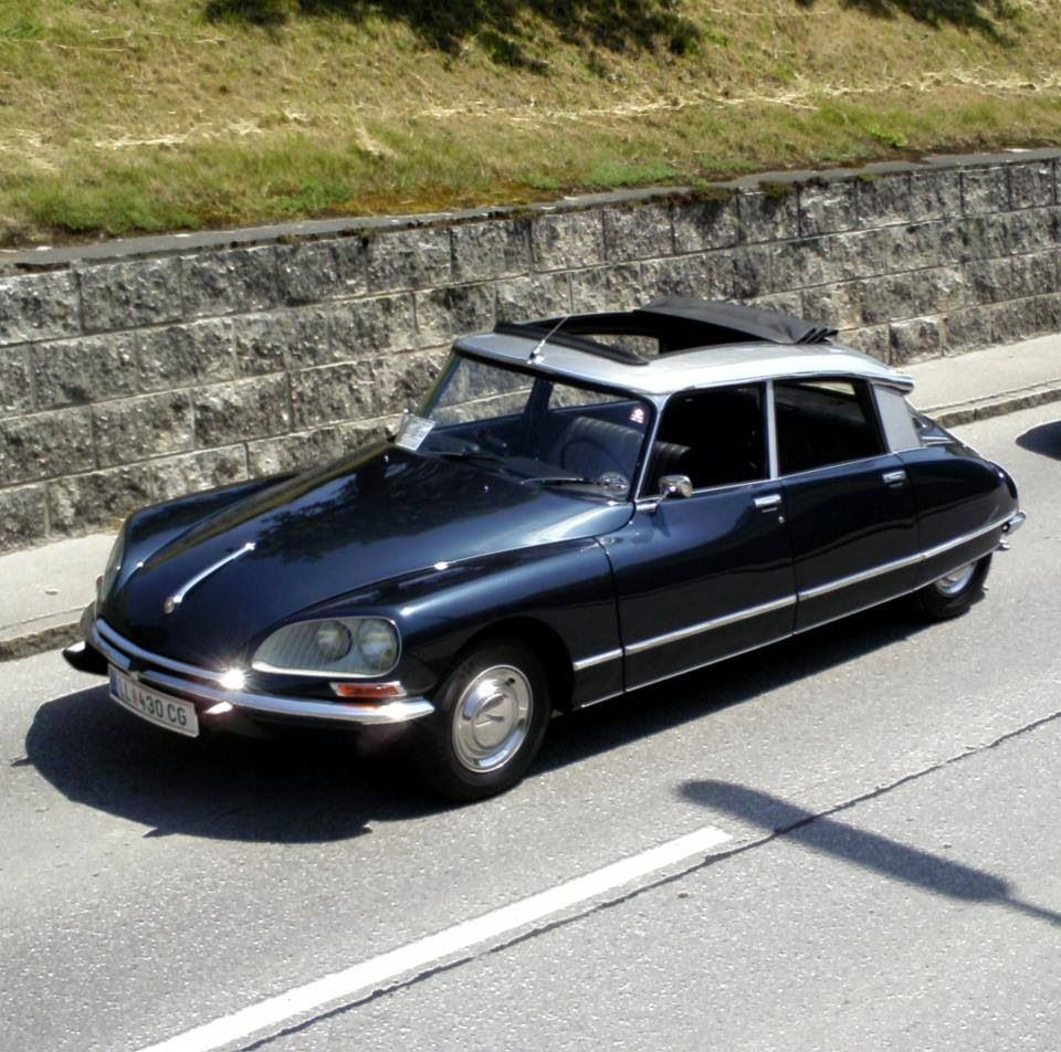 Citroen DS. Always Loved These Cars.