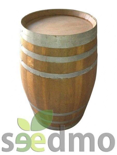 Barrica de madera de roble o cerezo o castaño. La barrica esta en crudo lo que permite ser personalizada a gusto del cliente.