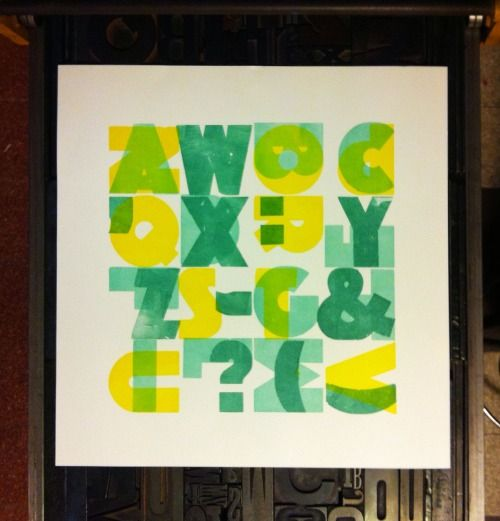 Typo-square by Cabaret Typographie and Officina Typo