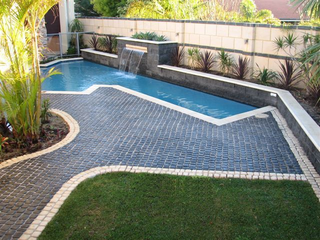 Cobble Stone Paving Around Pool Backyard Large Backyard