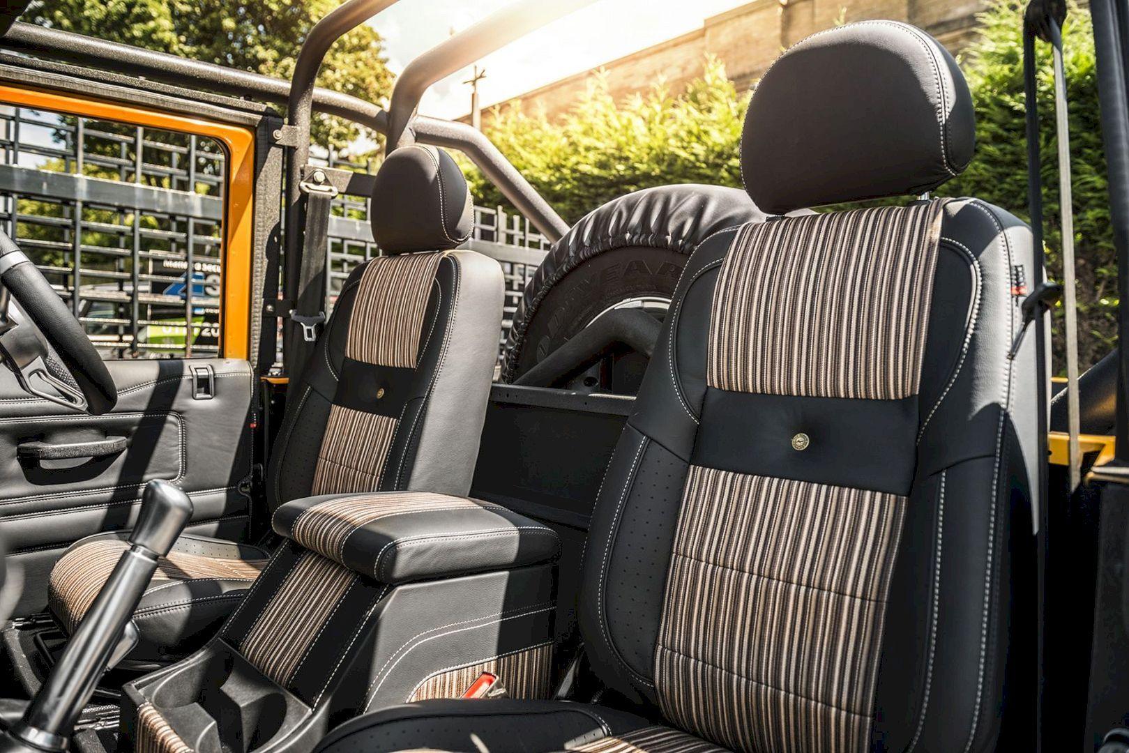 Defender 2 2 Tdci Xs 90 Chelsea Wide Track For Those Who Loves To Brag Land Rover Defender Land Rover Defender