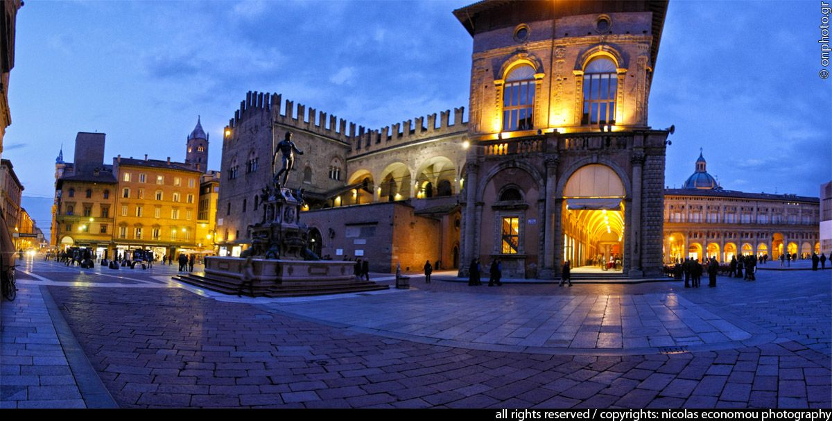 Piazza Nettuno - Bologna,  Emilia-Romagna Italy