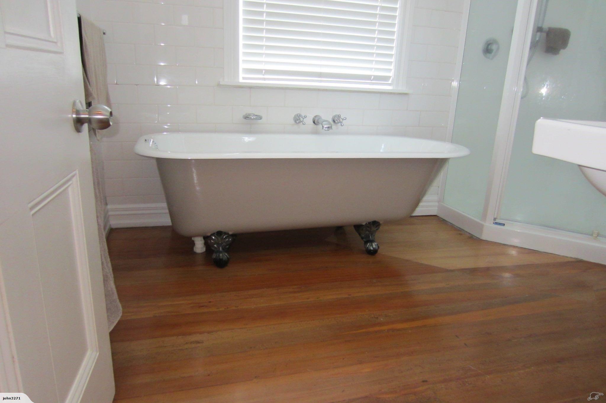 Claw foot bath | Trade Me