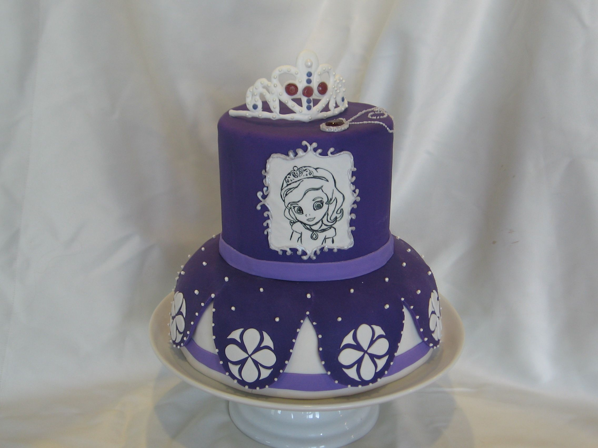 Sofia the First Cake Six inch round and bundt cakes Royal icing