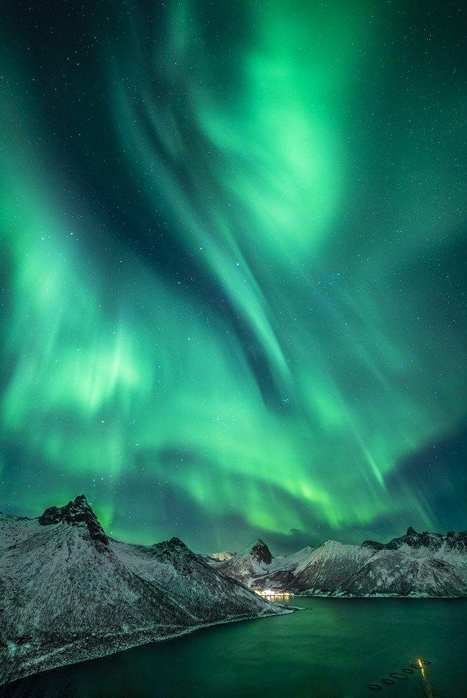Northern Lights By Nicolas Raspiengeas Northern Lights Northern Lights Photography Aurora Boreal