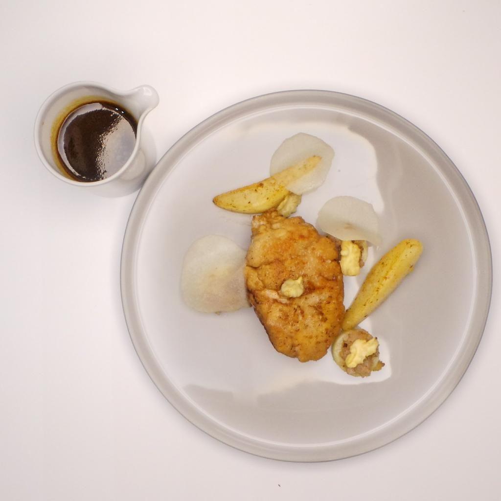 ris de veau,poires,noix fraiches | Laurent & Vincent Folmer | Couvert Couvert. Archiving Food Photography | Gastronomy