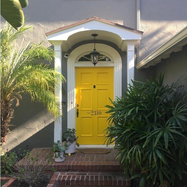 Long Lasting Exterior House Paint Colors Ideas: Brighten Everyone's Mood With Yellow 2022-10 On Your Door