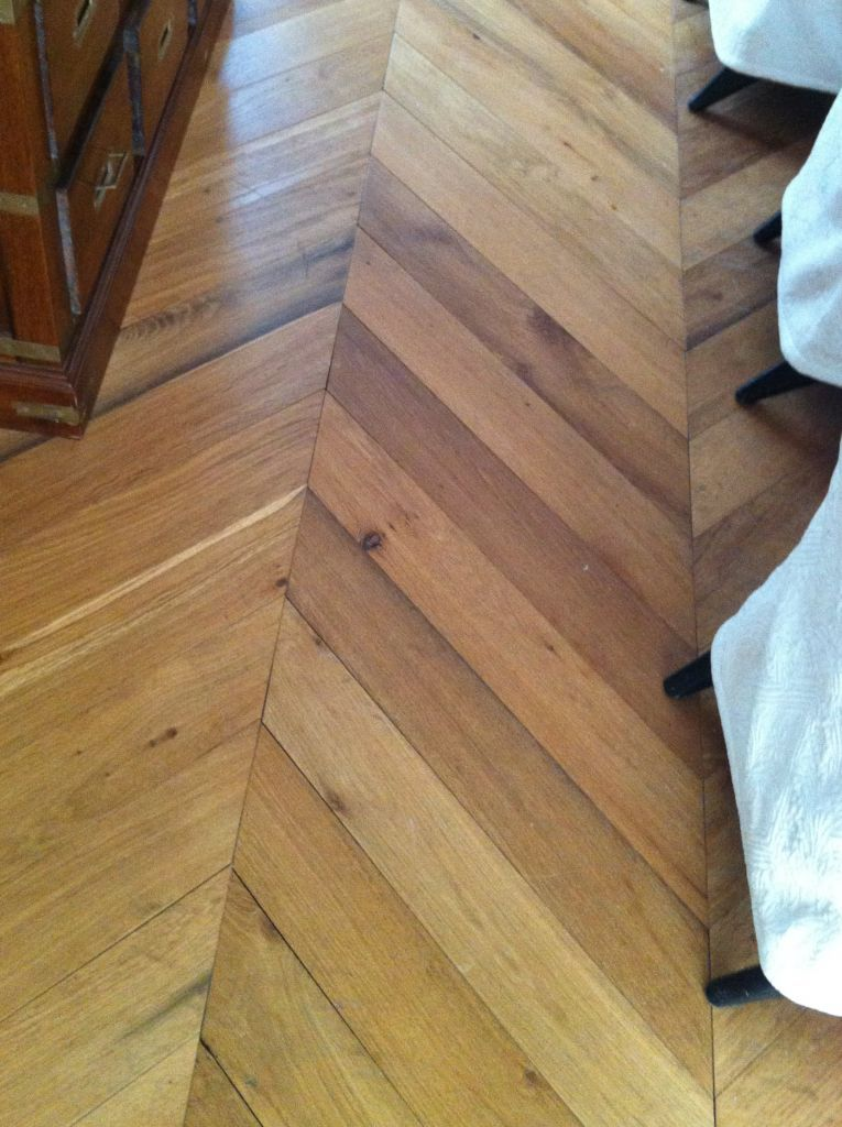 antique reclaimed remilled oak chevron parquet point de. Black Bedroom Furniture Sets. Home Design Ideas