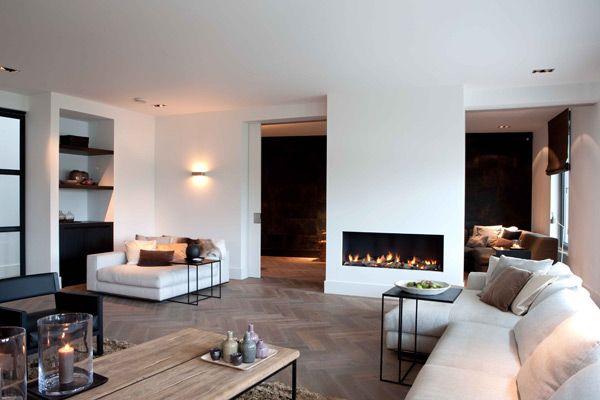 Idee haard tussen woonkamer en eetkamer | Modern-rustic interior ...
