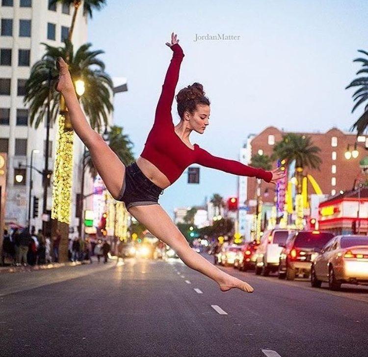 Omg incredible sd in 2019 dance photography flexibility dance dance - Sofie dossi gymnastics ...