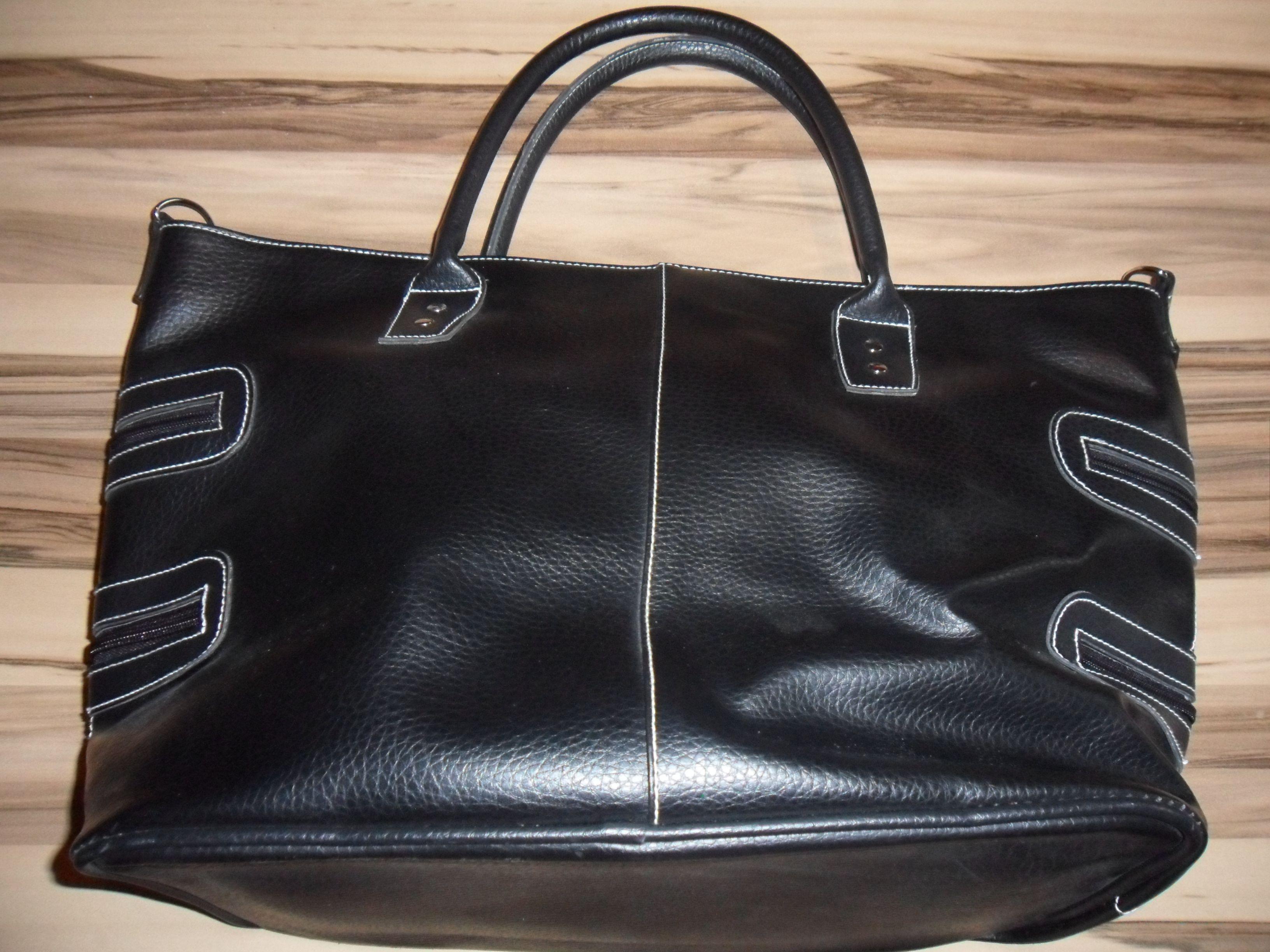 e0df901e4eefa Echtleder Damen Handtasche Farbe  Schwarz mit Aussen und Innentaschen wie  neu  taschen  leder