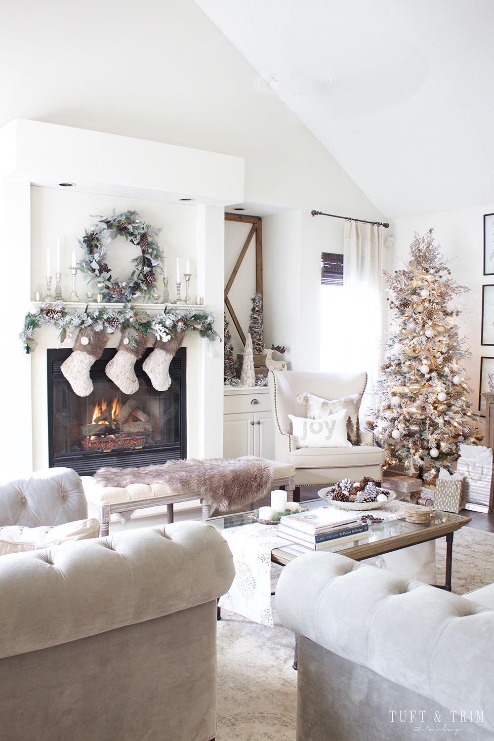 Welcome to our Cheerful Christmas Home Tour! Come get inspired by ...
