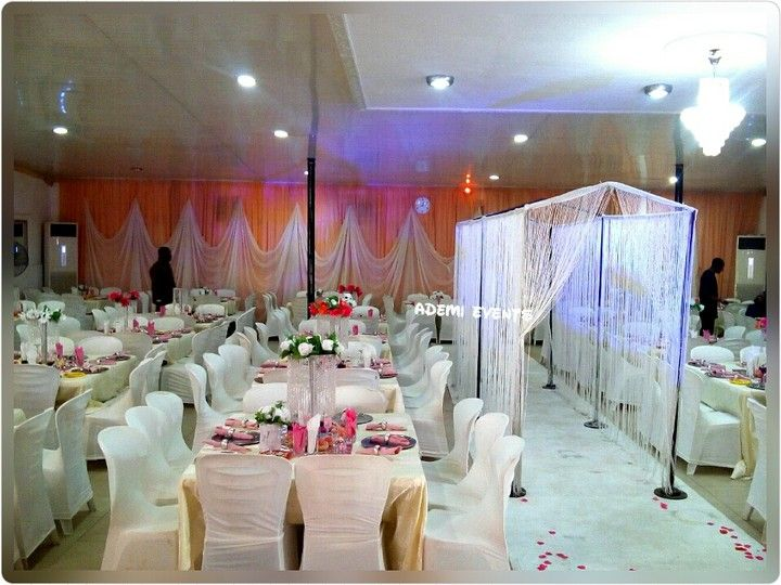 Pictures of lovely wedding reception decorations and cakes events pictures of lovely wedding reception decorations and cakes events nigeria junglespirit Choice Image
