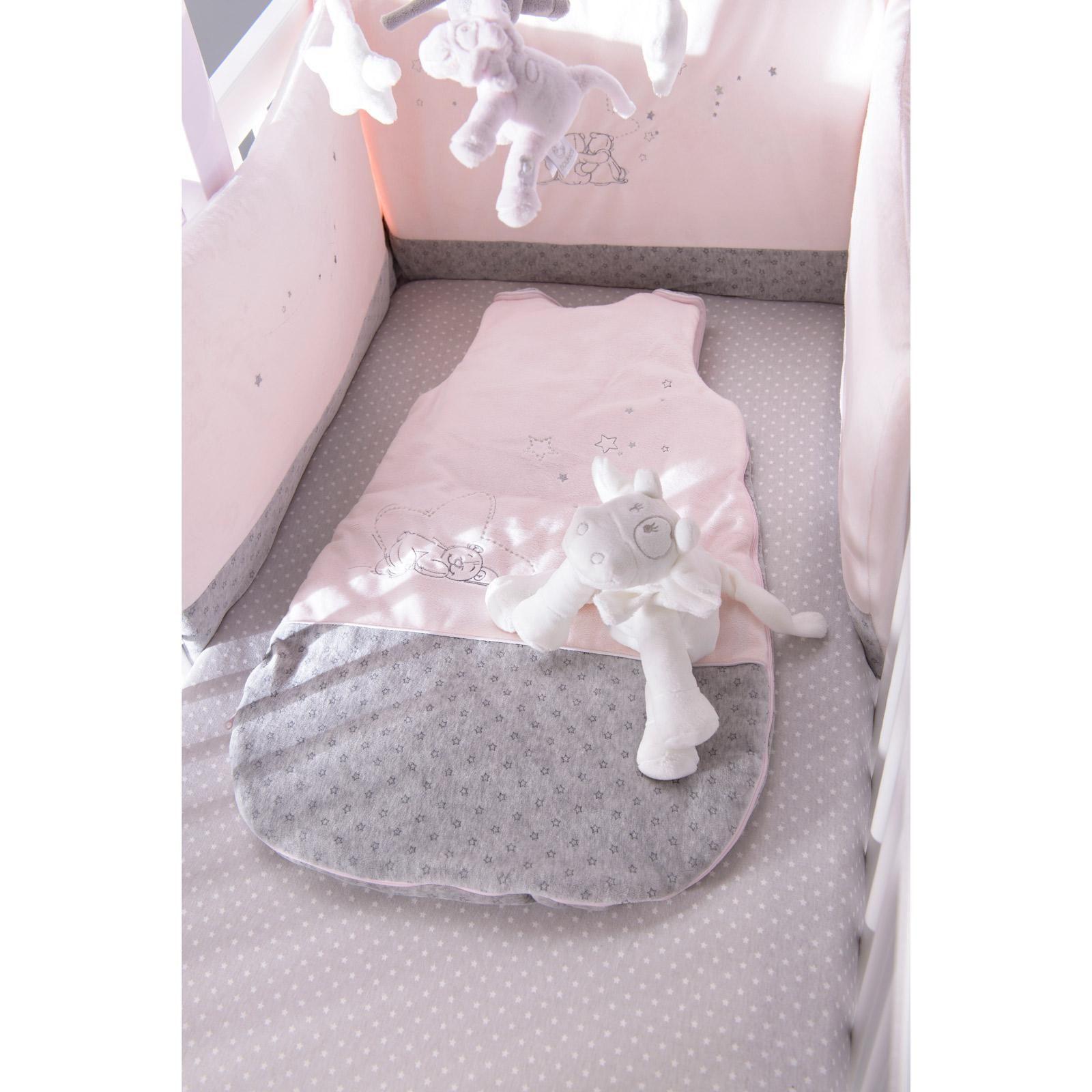 Le tour de lit Poudre d étoiles Rose par Noukie s est si doux et