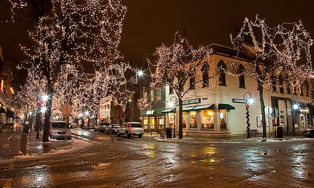 Downtown Naperville - Christmas | Heartsville Inspiration | Pinterest