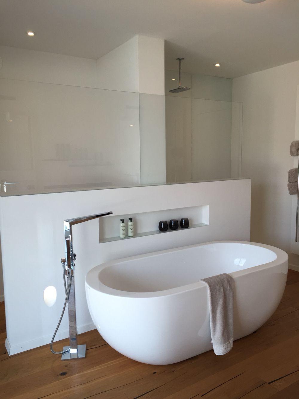 Badewanne Mit Abstellmoglichkeit In Wand Badezimmer Badewanne Baden