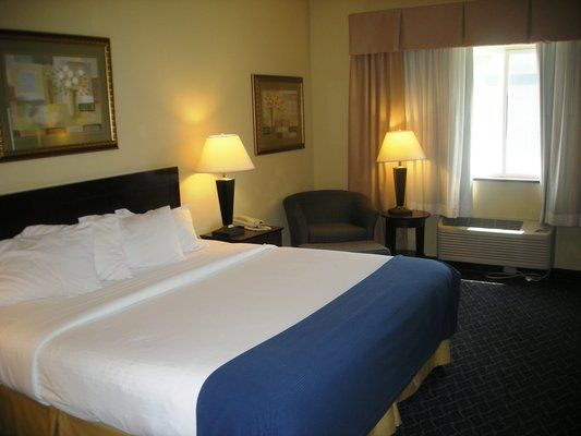 Budget Pet Friendly Hotel In Lincoln Ne 68521 Red Roof Home