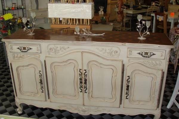 Buffet Provencal En Patine Bicolore Mobilier De Salon Renovation Meuble Meuble Noyer