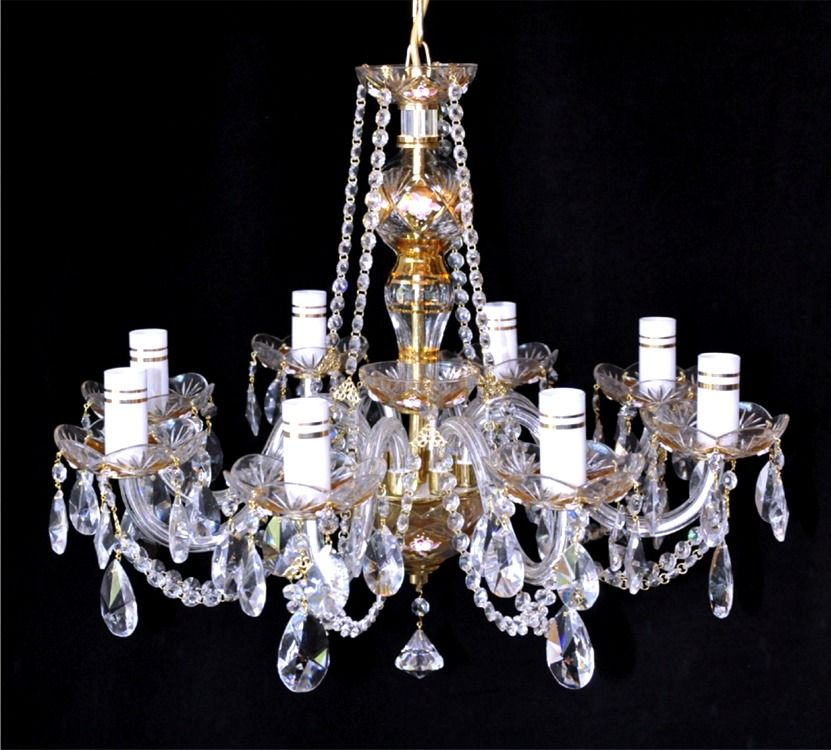 I Love Chandeliers They Re So Pretty Would One For My Room A Small Like The Ones On