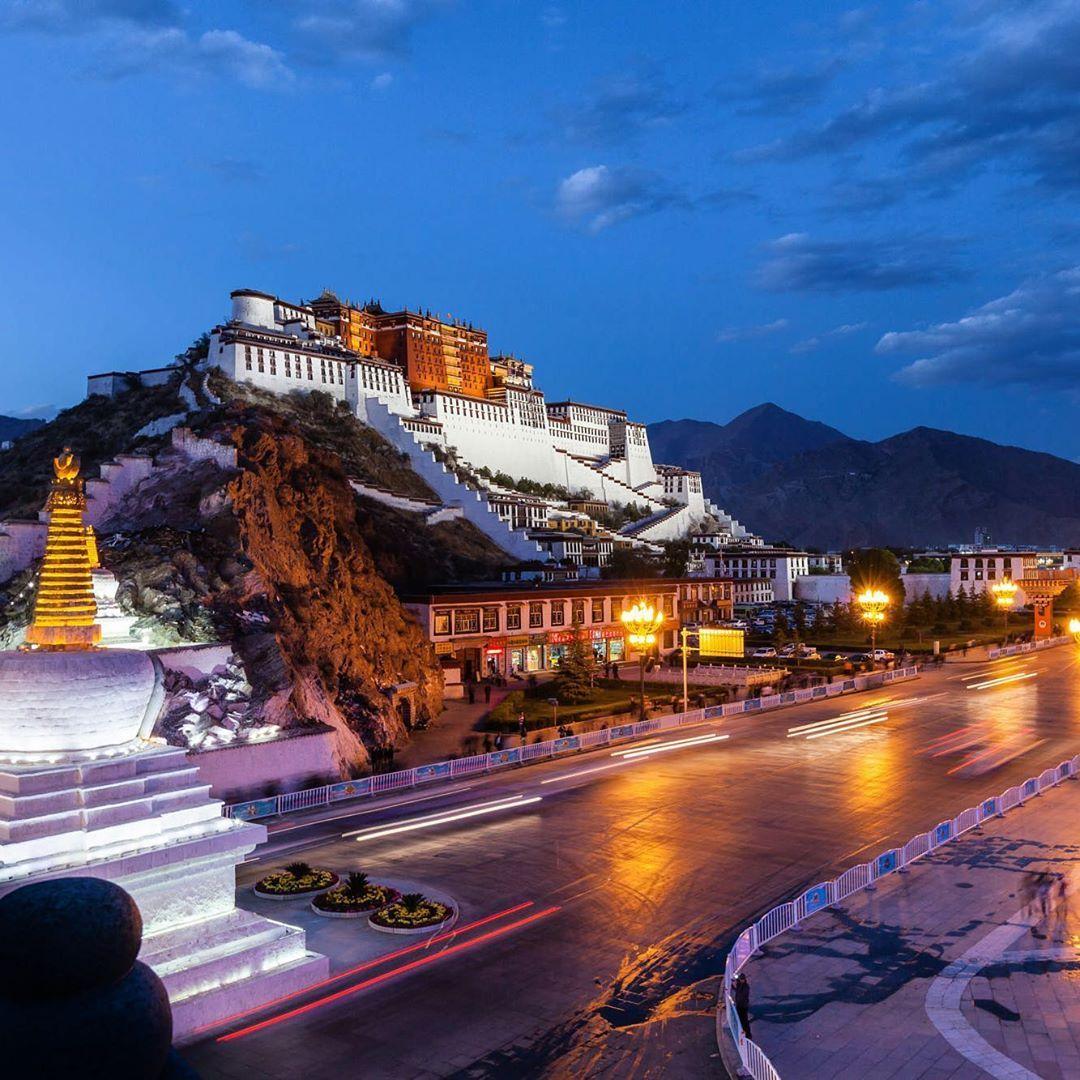 Potala Palace Of Tibet Tibet Travel Travel Tours Universal Travel