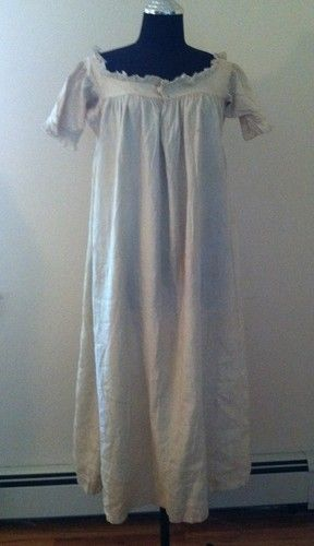 f621849f71 Early Victorian Cotton Nightgown Chemise 18th century 1700s ...