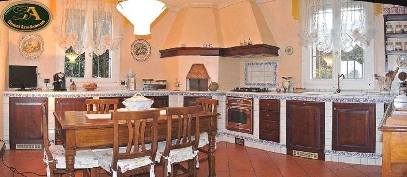 Cucina in muratura con forno ad angolo : cucine in muratura con ...